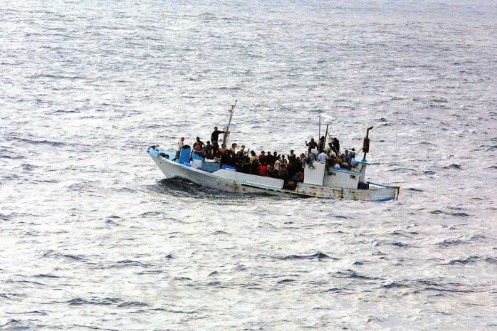 boat-998966_1280